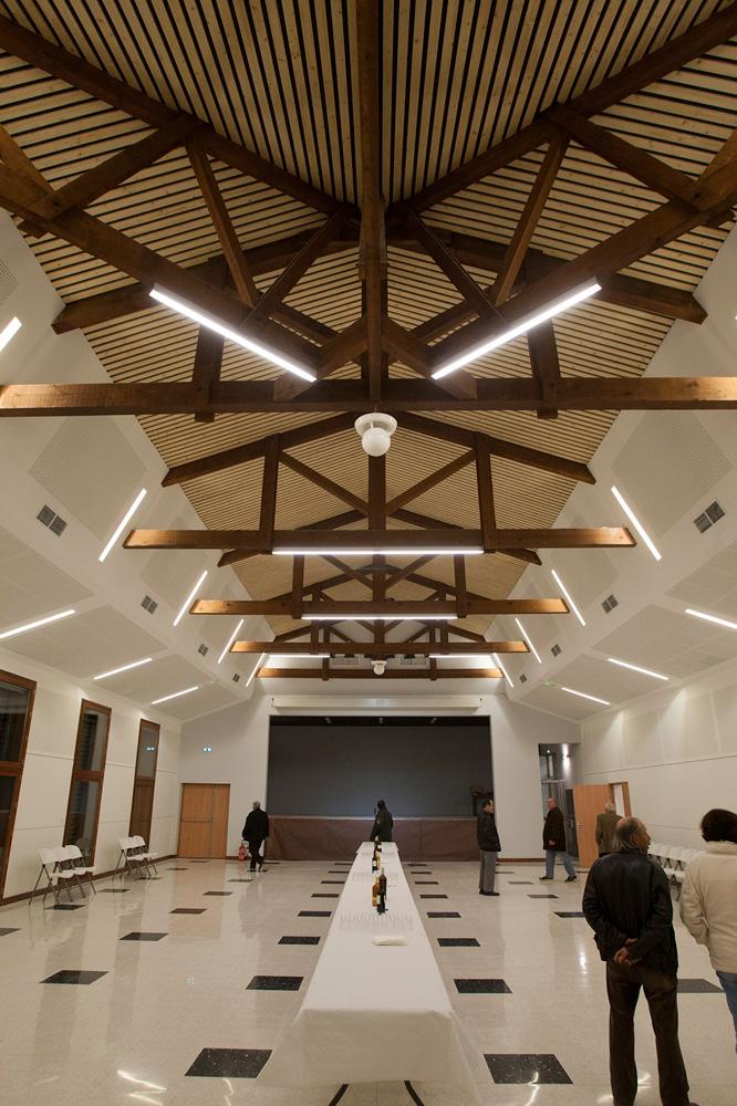 Rénovation de la salle des fêtes de Goult (84) par Luberon Bâtiment