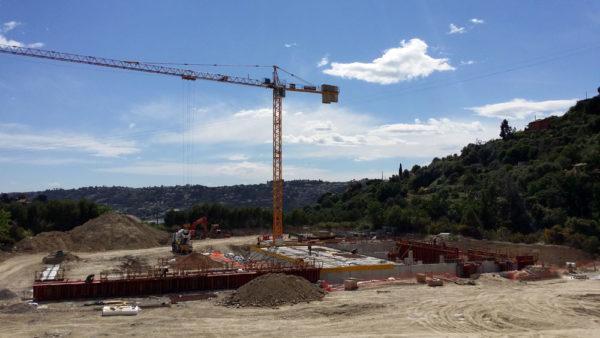 Construction d'un entrepôt frigorifique à Nice (06) à Nice par Luberon Batiment, entreprise spécialisée en construction de bâtiments d'activité.