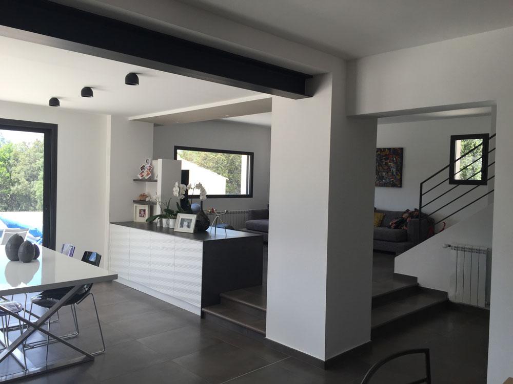 Rénovation d'une maison par Luberon Batiment, entreprise spécialisée en rénovation.