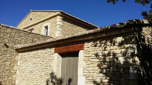 Construction et extension d'une habitation existante à Gordes (84) par Luberon Batiment.