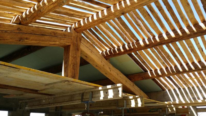 préparation de quess traditionnelle de récupération pour réalisation d'un plafond provençal à Bonnieux